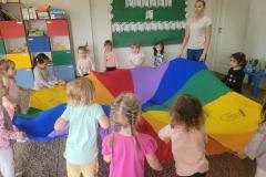 grupa Żabki i Motylki - Lato w ogrodzie przedszkolnym